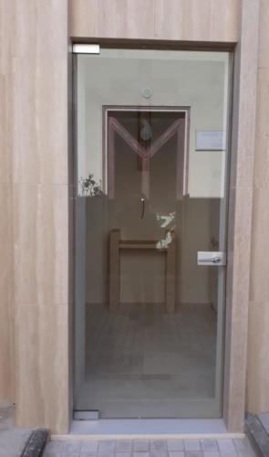 porta vetro temperato con serratura