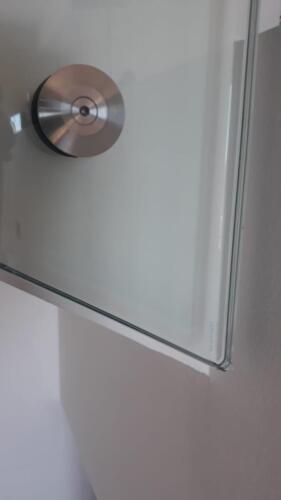 parapetto-in-cristallo-temperato-attacchi-acciaio-inox-1
