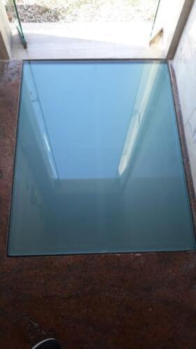 vetro-calpestabile-con-serigrafia-antiscivolo-1