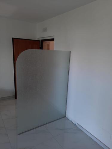 vetro-separe-con-pellicola-decorativa-2-aluglass